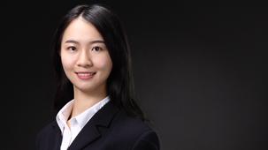 Jingyi Zhu
